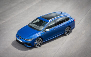 Världspremiär för nya Volkswagen Golf Sportscombi R